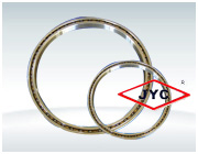 Thin section crossed roller bearing