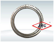 Triple roller slewing bearing